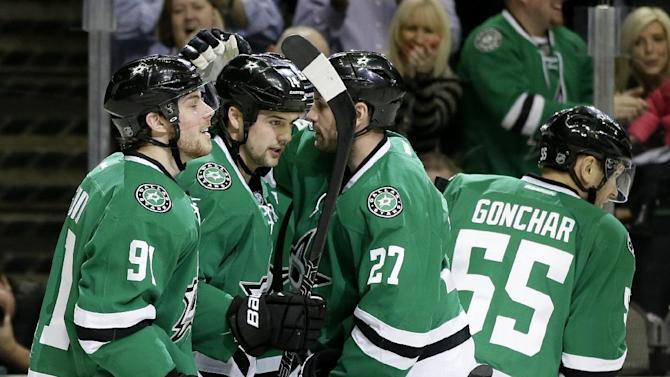 Nichushkin has 2 goals, Stars rout Maple Leafs 7-1