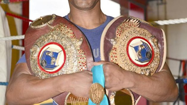 Steve Robinson's first promotion to feature two Welsh title fights