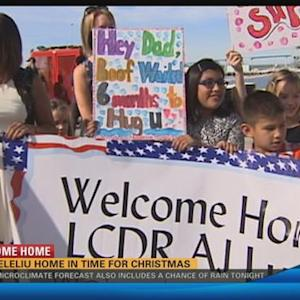 Servicemembers aboard USS Peleliu reunited with familiies Christmas Eve