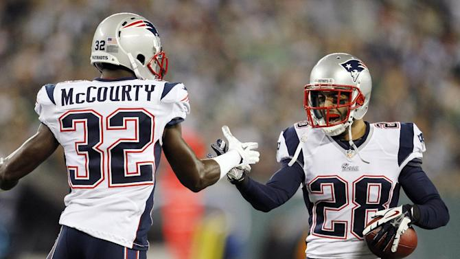 New England Patriots strong safety Steve Gregory (28) celebrates with teammates after returning a fumble for a touchdown during the first half of an NFL football game against the New York Jets, Thursday, Nov. 22, 2012, in East Rutherford, N.J. (AP Photo/Julio Cortez)