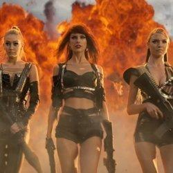 Taylor Swift Just Accidentally Recreated The 'Bad Blood' Video IRL