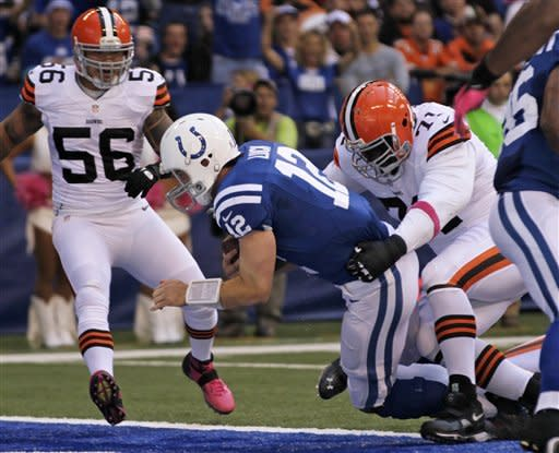 Luck helps Colts run through Browns 17-13