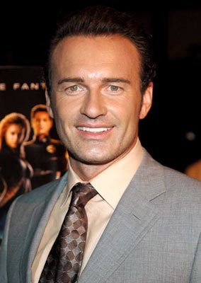 Julian McMahon at the New York premiere of 20th Century Fox's Fantastic Four