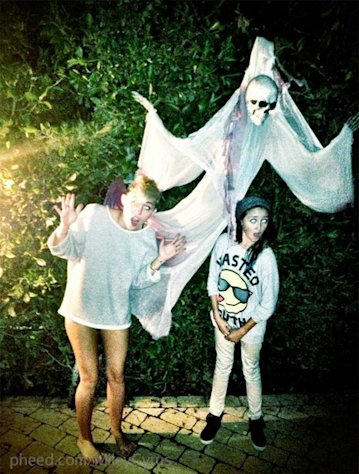 PIC: Miley Cyrus Poses Pantless With Spooky Halloween Ghost