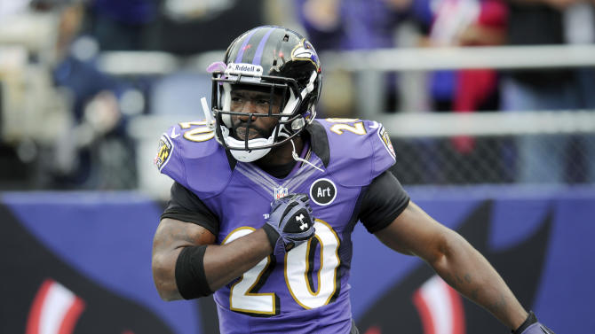 In this Oct. 14, 2012, photo, Baltimore Ravens free safety Ed Reed runs onto the field for the Ravens' NFL football game against the Dallas Cowboys in Baltimore. Reed has been suspended for one game by the NFL for repeated violations of rules prohibiting hits to the head and neck area of defenseless players. The 11-year veteran will miss Sunday's game against San Diego. Reed is suspended for three violations of the player safety rules in the past three seasons. (AP Photo/Nick Wass)