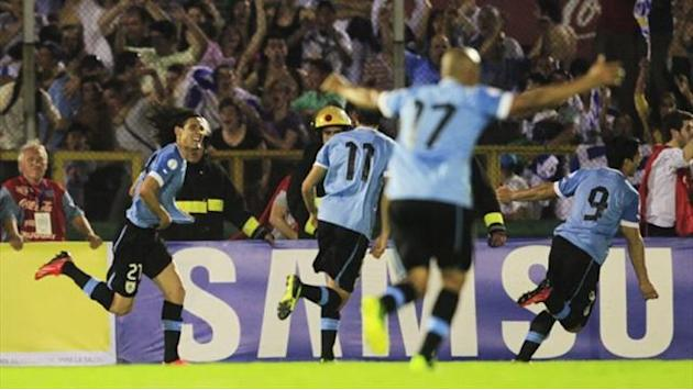 World Cup - Uruguay face last qualifiers with 12 men on one booking