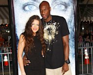 http://media.zenfs.com/en-US/blogs/partner/khloe-kardashian-lamar-odom-hugging.jpg