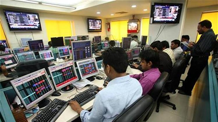 Stock brokers trade in brokerage firm in Kolkata