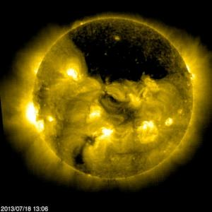 Spacecraft Sees Giant 'Hole' In the Sun (Video)