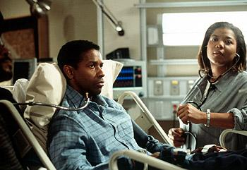 Denzel Washington and Queen Latifah in Universal's The Bone Collector