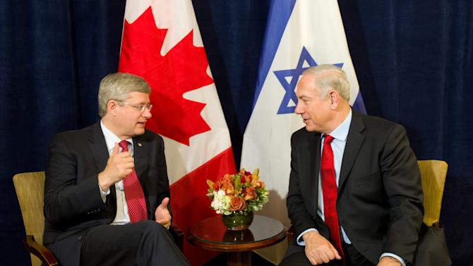 Canada's Prime Minister Stephen Harper, left,  takes part in a bilateral meeting with Israeli Prime Minister Benjamin Netanyahu in New York on Friday, Sept. 28, 2012. (AP Photo/The Canadian Press, Sean Kilpatrick)