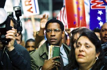 Denzel Washington in Paramount Pictures' The Manchurian Candidate