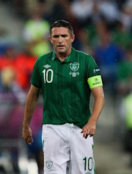 Robbie Keane says his team-mates need to stick together