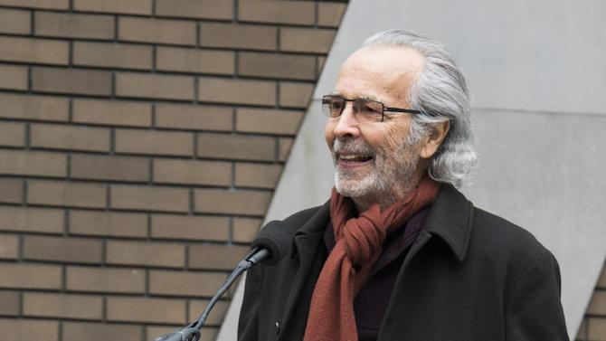 """Herb Albert speaks at the """"Harlem School of the Arts - The Herb Alpert Center"""" building naming ceremony, on Monday, March 11, 2013 in New York. (Photo by Charles Sykes/Invision for Harlem School of the Arts/AP Images)"""