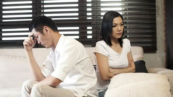 Men's Porn Use Linked to Unhappy Relationships