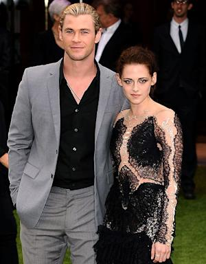 Kristen Stewart Punched Chris Hemsworth in the Face!