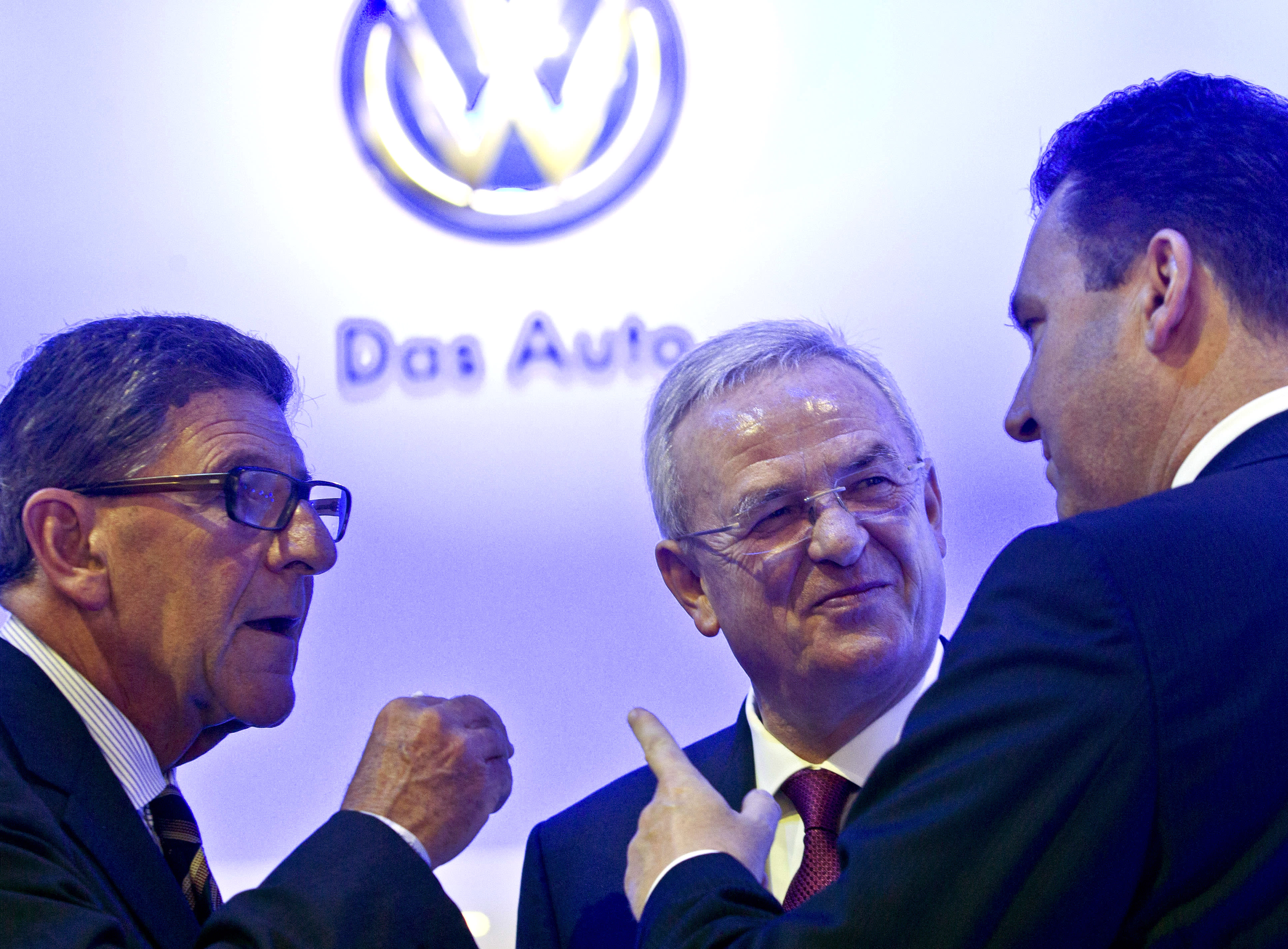 Volkswagen is in the midst of a full-blown leadership crisis and it's getting worse all the time
