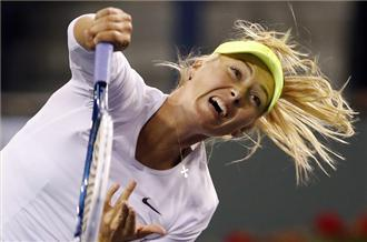 Sharapova advances at Indian Wells