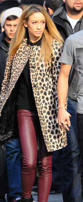 Back Together! Liam Payne And Danielle Peazer Hold Hands In New York As 1D