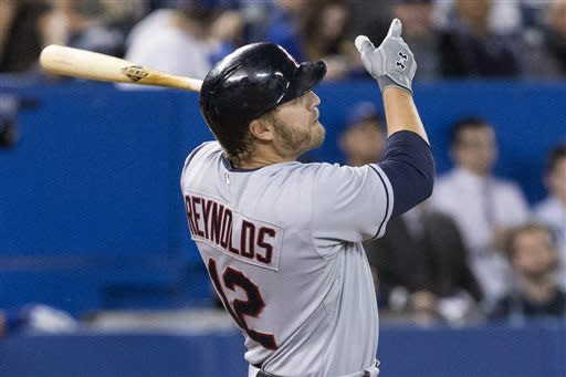 Reynolds' HR in 11th leads Indians past Blue Jays