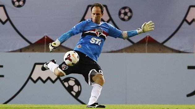 Goalkeeper Rogerio Ceni of Sao Paulo (Reuters)