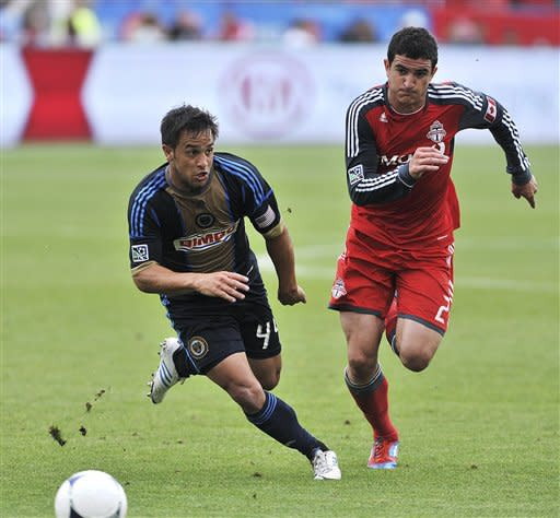 Williams' late goal lifts Union to draw at Toronto