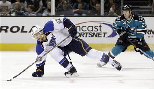 Blues complete season sweep of Sharks with 3-1 win
