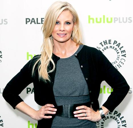 "Monica Potter Invents Lice Spray: The Parenthood Star ""Sent in the Patent"""