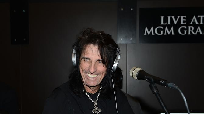 Alice Cooper Participates in February's Rock and Roll Fantasy Camp At MGM Grand Studio