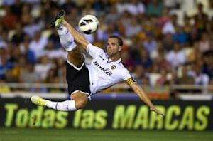 Valencia must show same spirit away from home, says Soldado after Atletico Madrid victory