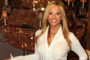 Dina Manzo Confirms Return to 'Real Housewives of New Jersey'