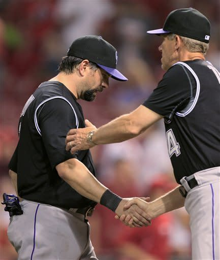 Helton HRs, Rockies end Reds' streak with 6-3 win