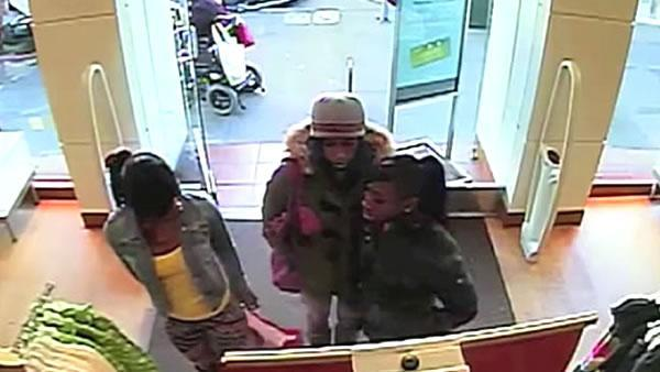 Brazen thieves steal from stores during holiday season