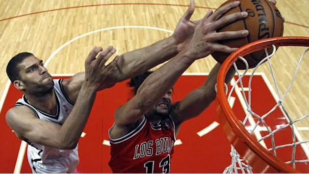 Basketball - Noah inspires Bulls to win over Nets