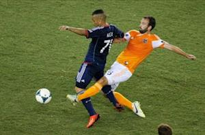 Chicago Fire 1-1 Houston Dynamo: Moffat strikes late to salvage draw