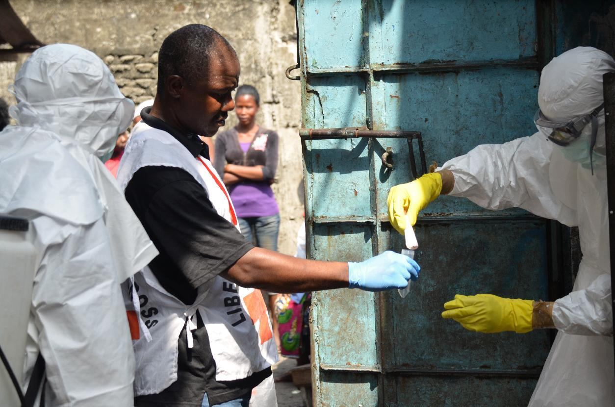 Ebola vaccine is safe, researchers say