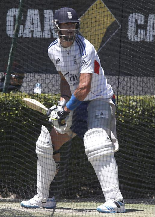 England's Kevin Pietersen bats in the nets during a practice session in Perth, Australia, Thursday, Dec. 12, 2013. England will play against Australia in the third Ashes test match Friday Dec. 13,