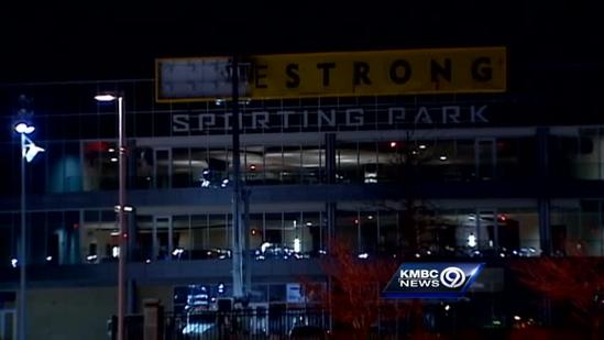 Livestrong sign comes down at Sporting Park