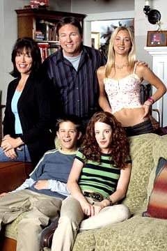 Clockwise from Ritter: John Ritter as Paul, Kaley Cuoco as Bridget, Amy Davidson as Kerry, Martin Spanjers as Rory and Katey Sagal as Cate