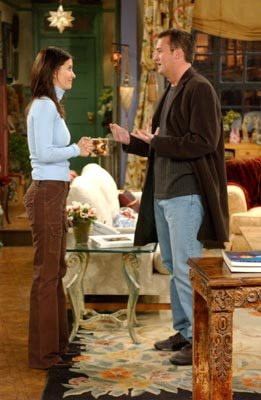 Courteney Cox and Matthew Perry in NBC's Friends
