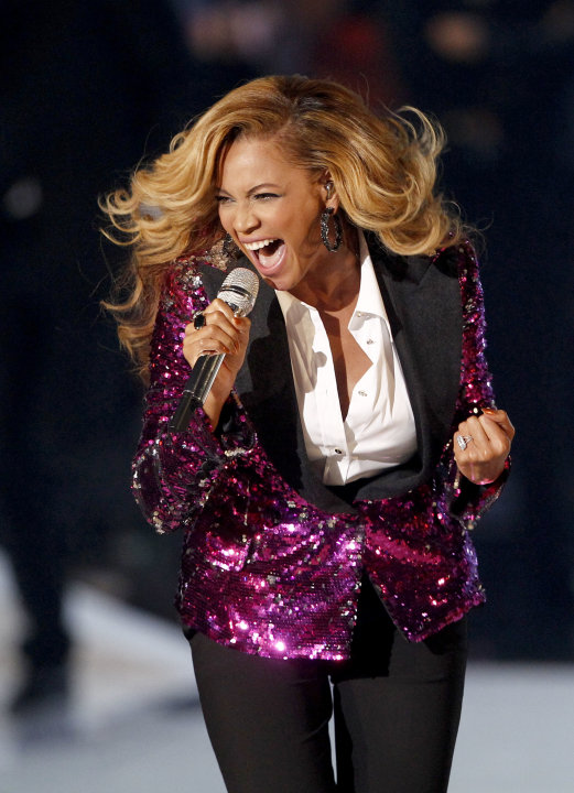 Beyonce performs at the MTV Video Music Awards on Sunday Aug. 28, 2011, in Los Angeles. (AP Photo/Matt Sayles)