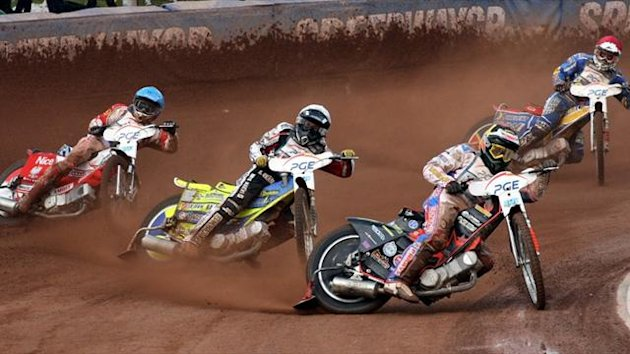 Britain's Tai Woffinden (2R) leads a race (AFP)