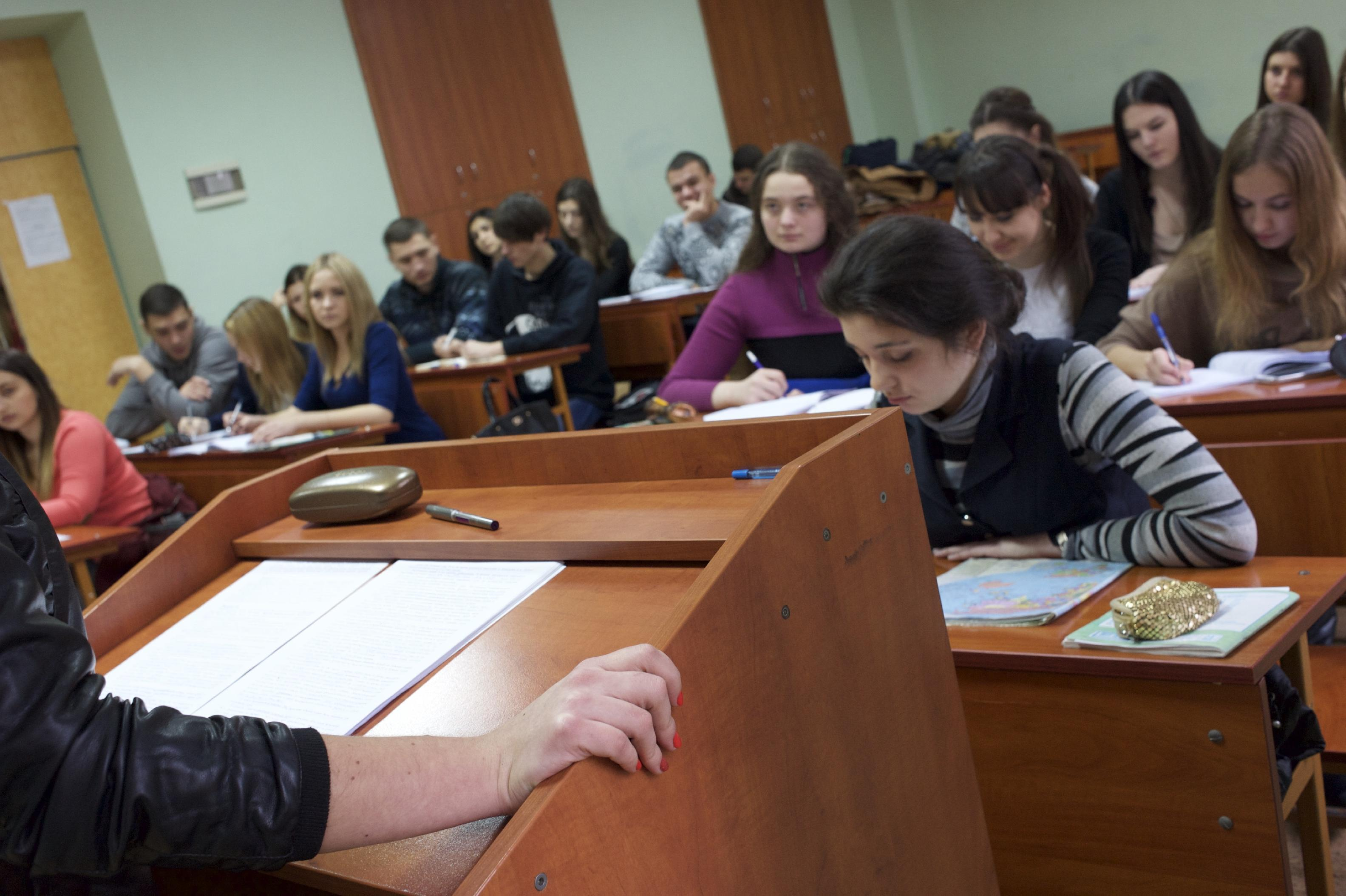 Ukraine's rebel university goes Russian