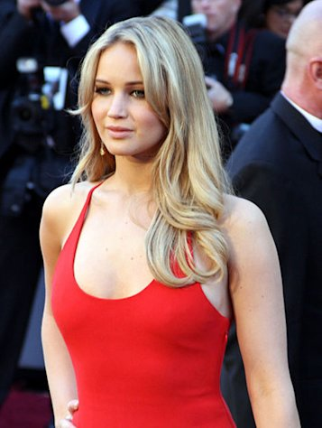 (Jennifer Lawrence)