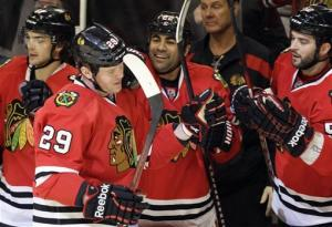 Bolland's shootout goal gives Blackhawks win