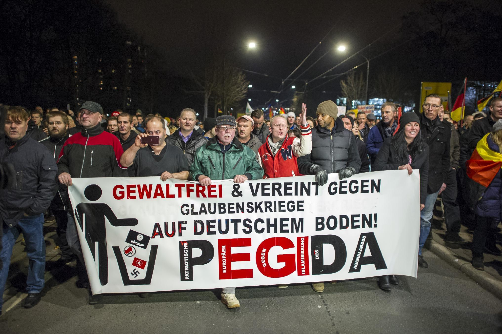 15,000 join anti-Islam protest in eastern Germany