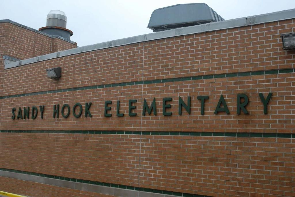 Sandy Hook to open new school four years after massacre
