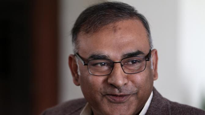 Pakistan's former test cricketer Aamir Sohail speaks to media in Lahore, Pakistan, Tuesday, Feb. 4, 2014. Sohail was reappointed Pakistan's chief cricket selector for a second time on Tuesday. (AP Photo/K.M. Chaudary)