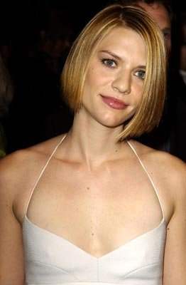 Claire Danes at the LA premiere of Paramount Pictures and Miramax Films' The Hours