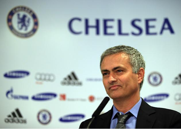 Jose Mourinho New Chelsea Manager Press Conference and Photo Call